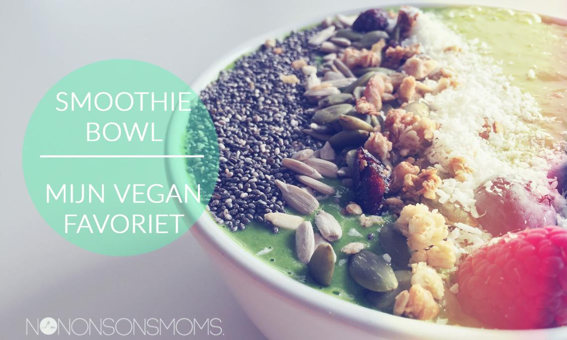 groene smoothie bowl met spinazie - vegan