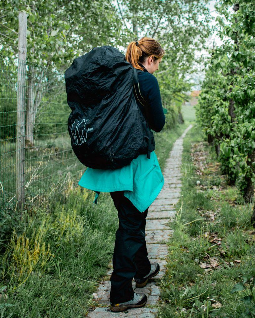 trekrugzak - wandelschoenen - Twee outdoorspullen die je zeker nooit online mag kopen - outdoor
